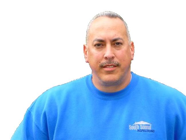 robert-jones-blue-shirt-650px
